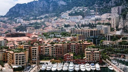 S'installer à Monaco avec l'aide de VKP